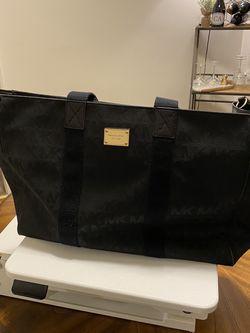 Michael Kors Weekend Bag for Sale in Pittsburgh,  PA