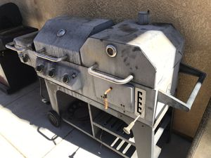 Large Bbq grill (profane & charcoal) for Sale in Victorville, CA