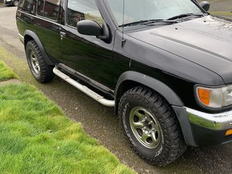 1998 Nissan Pathfinder for Sale in Bonney Lake,  WA