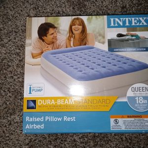 18inch Queen Air Mattress for Sale in Wake Forest, NC