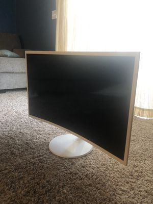 Samsung curved monitor (screen needs repair) for Sale in Iowa City, IA