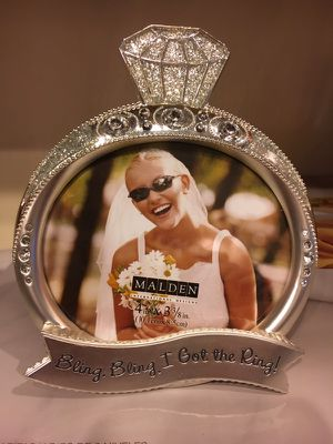 """""""Bling Bling I Got the Ring"""" picture frame for Sale in Chicago, IL"""