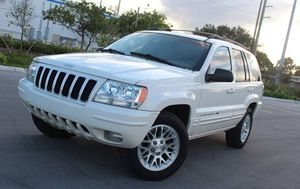 Low Price 2004 Jeep Grand Cherokee AWDWheels for Sale in Orlando, FL