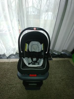 Click Conect car seat for Sale in Roselle, IL