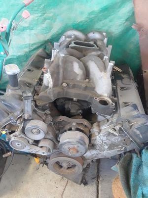 Ford motor 4.6 V8 for Sale in Fresno, CA