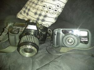 VINTAGE 35MM CANNON CAMERA W/ZOOM LENS for Sale in Salt Lake City, UT