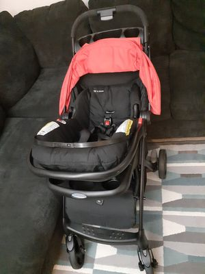 Graco stroller and cars seat for Sale in Hyattsville, MD