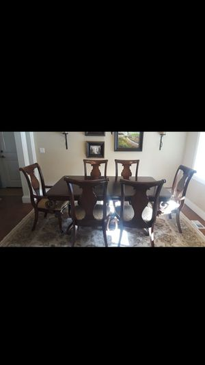 Dining table with 6 chairs for Sale in Edgewood, WA