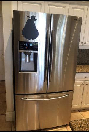 Package Deal Samsung refrigerator, stove, and microwave all together for Sale in Hollywood, FL