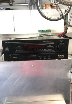 Denon Precision Audio Component/AV Surround Receiver AVR-2000 with Dolby Pro-Logic Surround Sound for Sale in Hidden Hills, CA