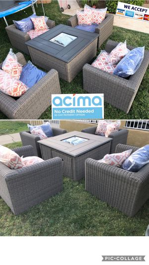 Huge patio furniture set with fire pit for Sale in Norco, CA