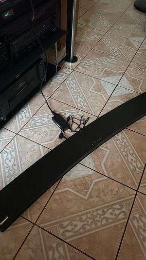 Samsung soundbar HW-H7500 for Sale in Norwalk, CA