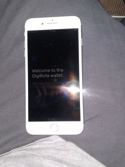 IPhone 8 Plus 64g Unlocked for Sale in Brier,  WA