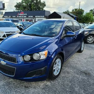 Chevy Sonic 2013 for Sale in Orlando, FL
