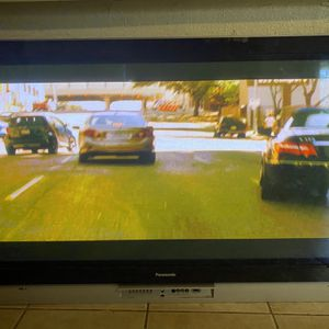Plasma 60 inches for Sale in Fresno, CA