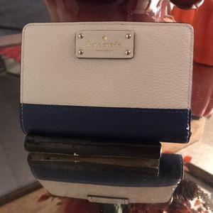 Cartera Kate Spade ♠️ Como Nueva $29 Precio Firme for Sale in Loma Linda, CA