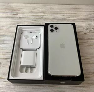 Unlocked iPhone 11 pro max for Sale in Los Angeles, CA