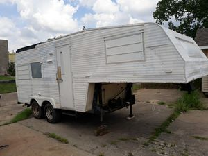 5th wheel camper for Sale in Tulsa, OK