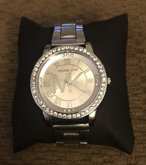 Brilliant Silver Watch For Women for Sale in Fresno, CA