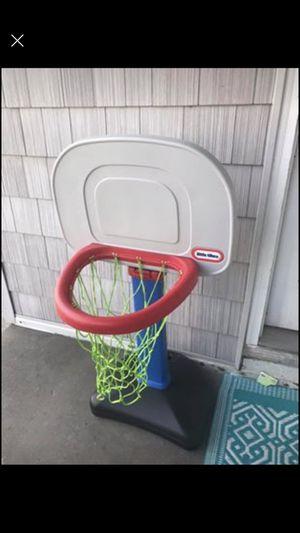Toddler basketball hoop for Sale in Virginia Beach, VA