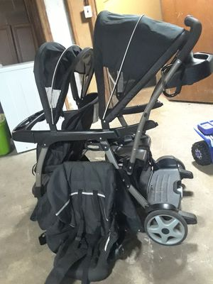 Graco double sit and stand stroller for Sale in Holmes, PA