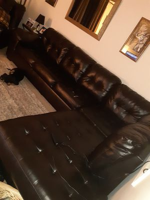 Black leather couch for Sale in Lutz, FL