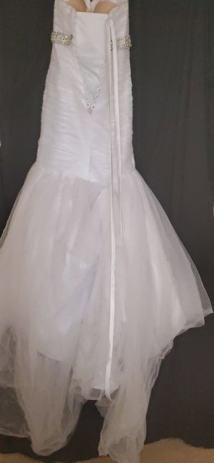 Wedding dress size 4 for Sale in Cleveland, OH