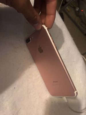 iPhone 7 S plus rose gold 32 GB The phone is unlocked for any carrier and it works perfectly fine It just have a little scratch at the bottom left of for Sale in New York, NY