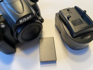 Nikon D5000 camera for Sale in Clemmons, NC