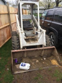 Small bobcat for Sale in Columbus,  OH