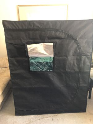 Plant growing tent for Sale in Apple Valley, CA