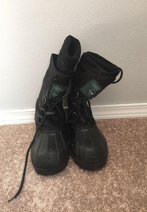 Yukon Snow boot Sz 8 women's for Sale in Ruston, WA
