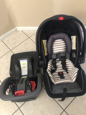 Baby car seat for Sale in Hesperia, CA