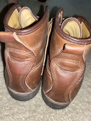 Size 9 work boots for Sale in Beaumont, CA