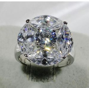"""Shiny White Yellow Gold Ring Promise Wedding Cluster Cocktail Ring Size 5-10 Metal: 18K Gold Fill, it's marked """"18KGF"""" Stone: Cubic Zirconia Stone for Sale in Los Angeles, CA"""