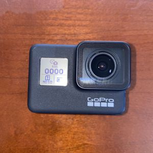 GoPro Hero 7 BLACK with Memory Card for Sale in Mesa, AZ