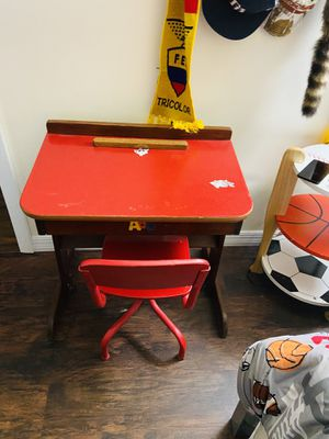 Child Antique Vintage Desk w/chair - $50 for Sale in Plant City, FL