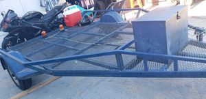 2006 Carson trailer 13x8 3500 Axels. tags current. Good condition. 8x9 utility trailer. for Sale in Victorville, CA