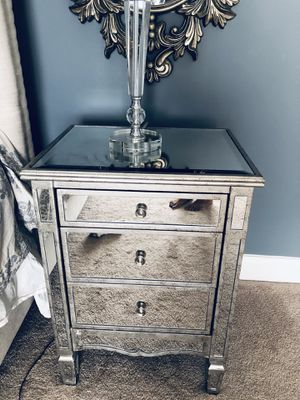 Two Mirrored Night Stands for Sale in Monroe Township, NJ