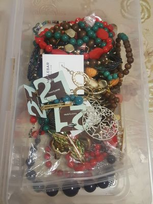 Necklases rings and bracelets used for Sale in Los Angeles, CA