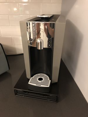 Verismo Coffee and Espresso Maker by Starbucks for Sale in Fairfax, VA