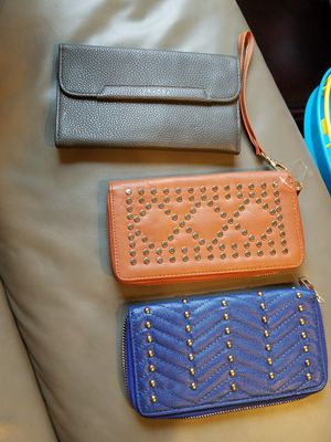 Brand new wallets and Saphira makeup bag- great gift present for Sale in Everett, WA