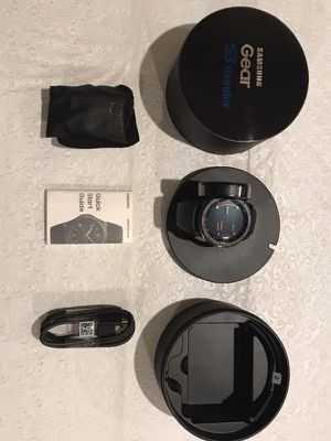 Brand new Samsung gear 3S frontier smart watch for Sale in Fremont, CA