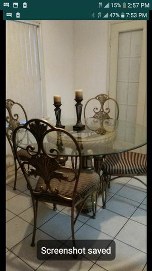 Kitchen table read post for Sale in Riverside, CA