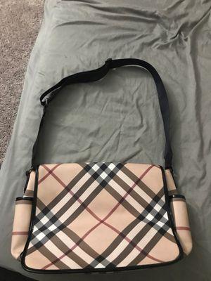 Burberry Messenger Bag (Brand New) for Sale in Las Vegas, NV
