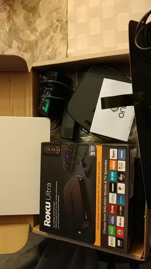 ROKU-large unit & 3 small units. Paid $215 for all asking $120.00 for Sale in Parkville, MD