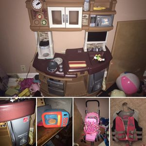 Step 2 kitchen $100 obo like new kids microwave $25 double baby doll stroller $50 life jacket $20 kids table and all chairs $30 for Sale in Murfreesboro, TN