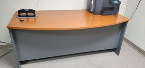 Office desk for Sale in Lawrence, IN