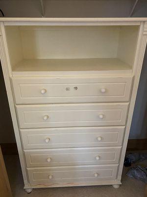 Bellini dresser 2012 for Sale in Bellevue, WA