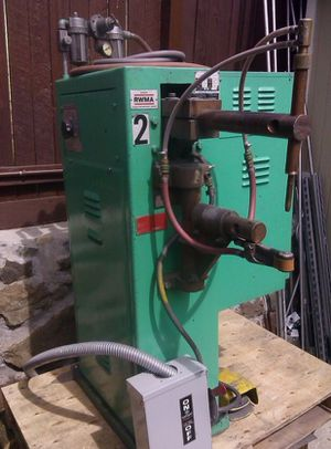 Peer AR-420 Spot Welder - $1,300 (Snohomish (Maltby)) make / manufacturer: Peer model name / number: AR-420 Great condition Peer AR-420 spot welder for Sale in Everett, WA